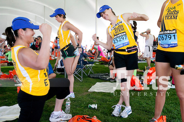 Members of the 2012 Tufts marathon team.Source: Tufts University