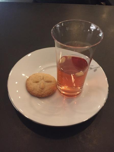 Schisandra: Pine nut cookie