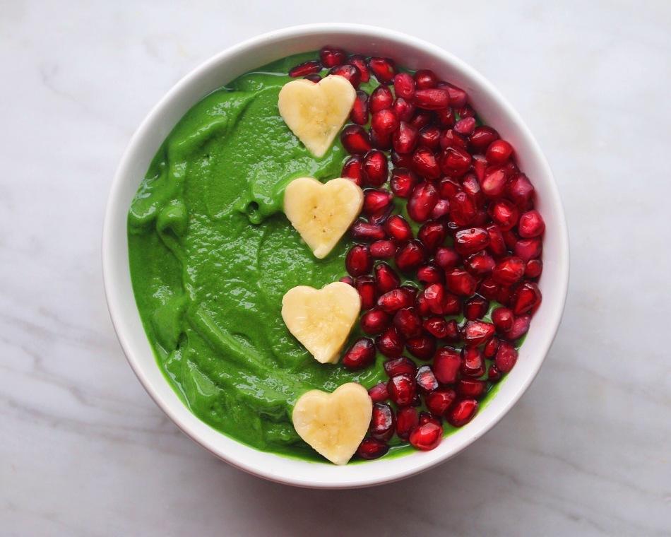Antioxidant-Packed Green Smoothie Bowl. Photo: Julia Sementelli