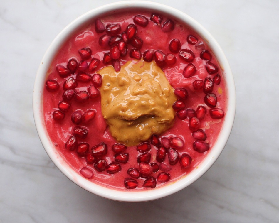 Peanut Butter and Pomegranate Smoothie Bowl. Photo: Julia Sementelli