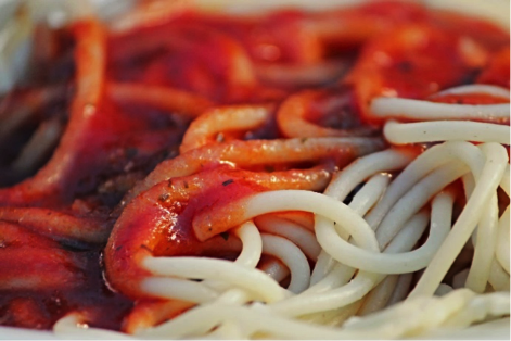 Photo: Pixabay (https://pixabay.com/en/spaghetti-tomato-sauce-eat-noodles-2789892/)